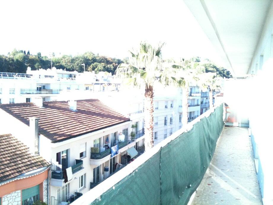 Appartement à louer 3 63m2 à Cagnes-sur-Mer vignette-6