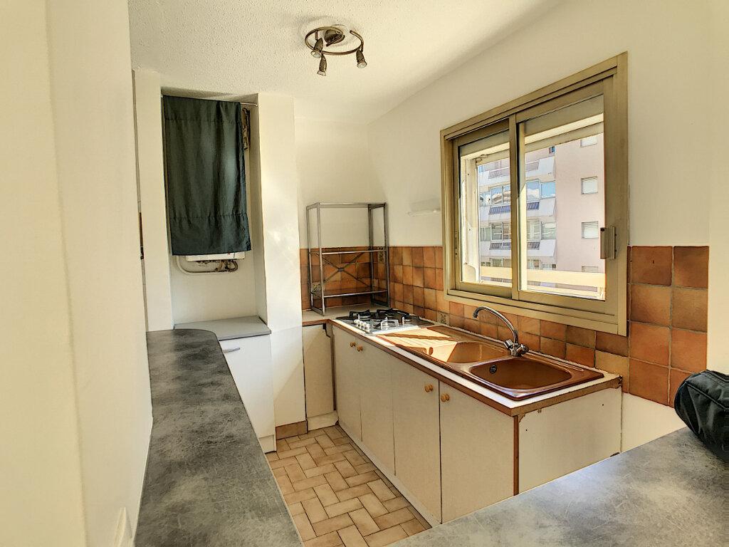 Appartement à vendre 1 34.9m2 à Cagnes-sur-Mer vignette-3