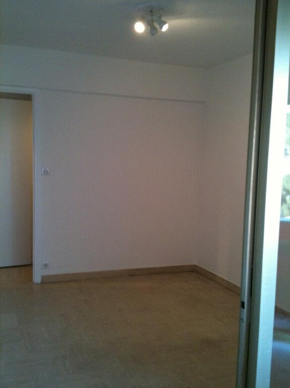 Appartement à louer 2 33.6m2 à Cagnes-sur-Mer vignette-4
