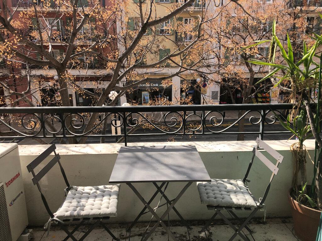 Appartement à louer 3 68.95m2 à Cagnes-sur-Mer vignette-1