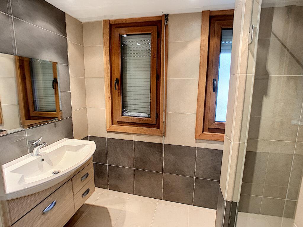 Appartement à vendre 2 41.76m2 à Cagnes-sur-Mer vignette-4