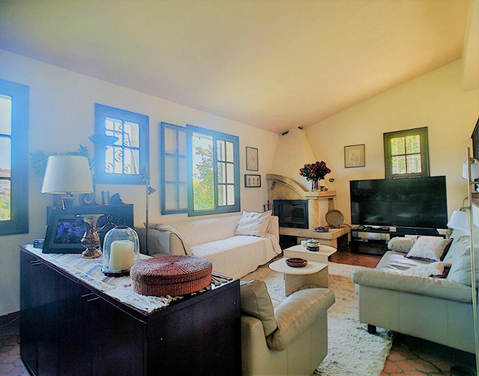 Maison à vendre 6 170m2 à Cagnes-sur-Mer vignette-10