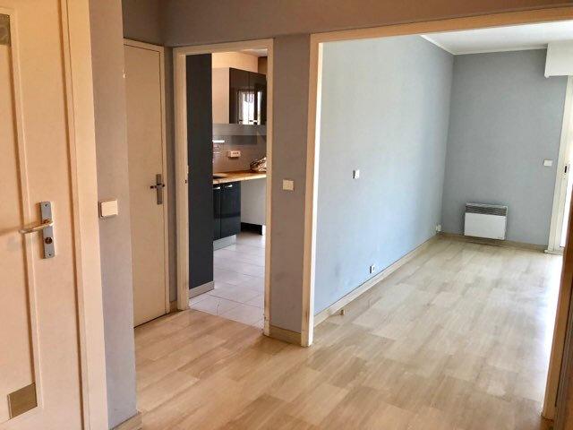 Appartement à louer 4 100m2 à Nice vignette-6