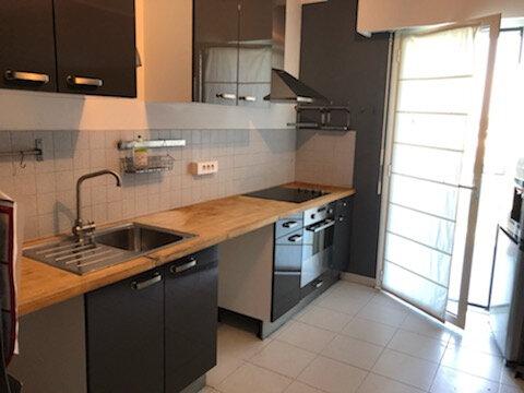 Appartement à louer 4 100m2 à Nice vignette-7