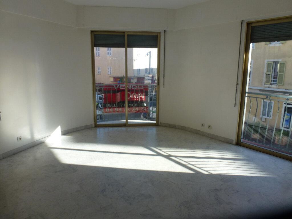 Appartement à louer 3 62.5m2 à Cagnes-sur-Mer vignette-2