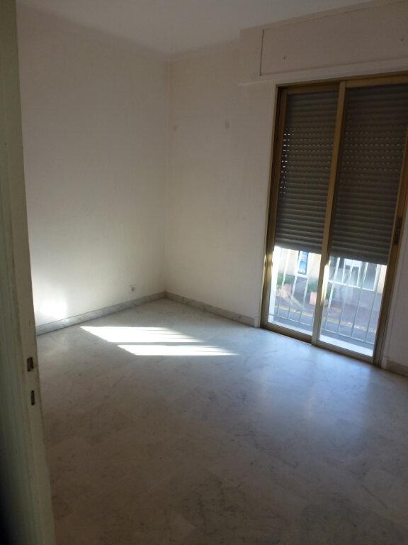Appartement à louer 3 62.5m2 à Cagnes-sur-Mer vignette-6