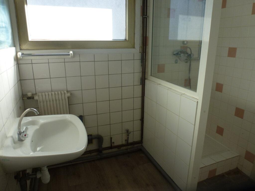 Appartement à louer 3 62.5m2 à Cagnes-sur-Mer vignette-9