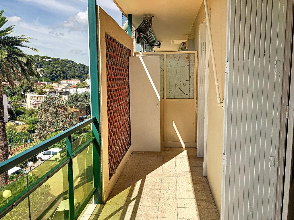 Appartement à louer 1 27.2m2 à Cagnes-sur-Mer vignette-2