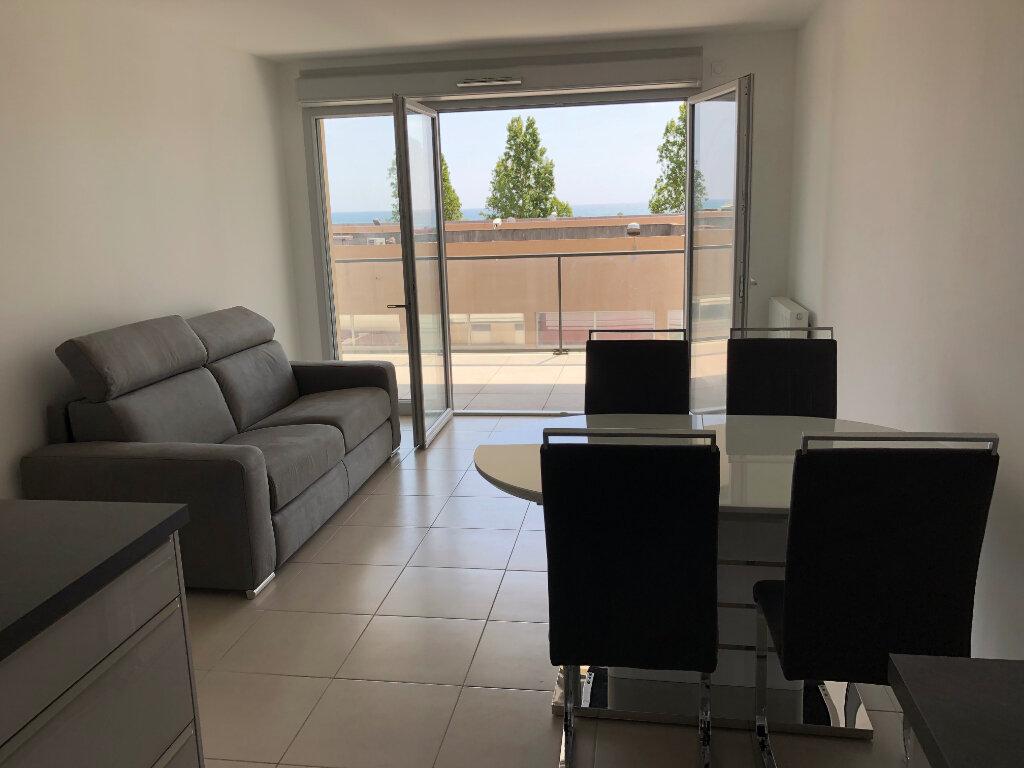 Appartement à louer 2 44.24m2 à Villeneuve-Loubet vignette-5