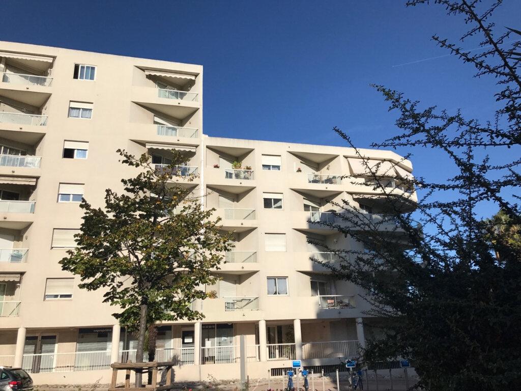 Appartement à vendre 3 69.11m2 à Cagnes-sur-Mer vignette-1