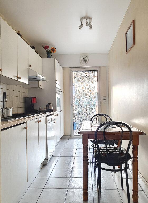 Appartement à vendre 3 69.11m2 à Cagnes-sur-Mer vignette-4