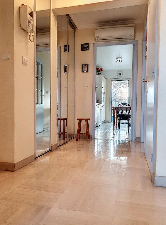 Appartement à vendre 3 69.11m2 à Cagnes-sur-Mer vignette-5