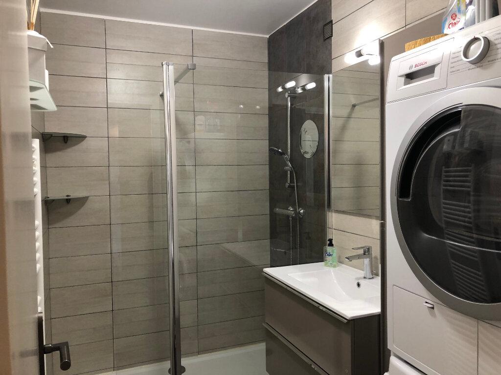 Appartement à louer 3 60.24m2 à Cagnes-sur-Mer vignette-5