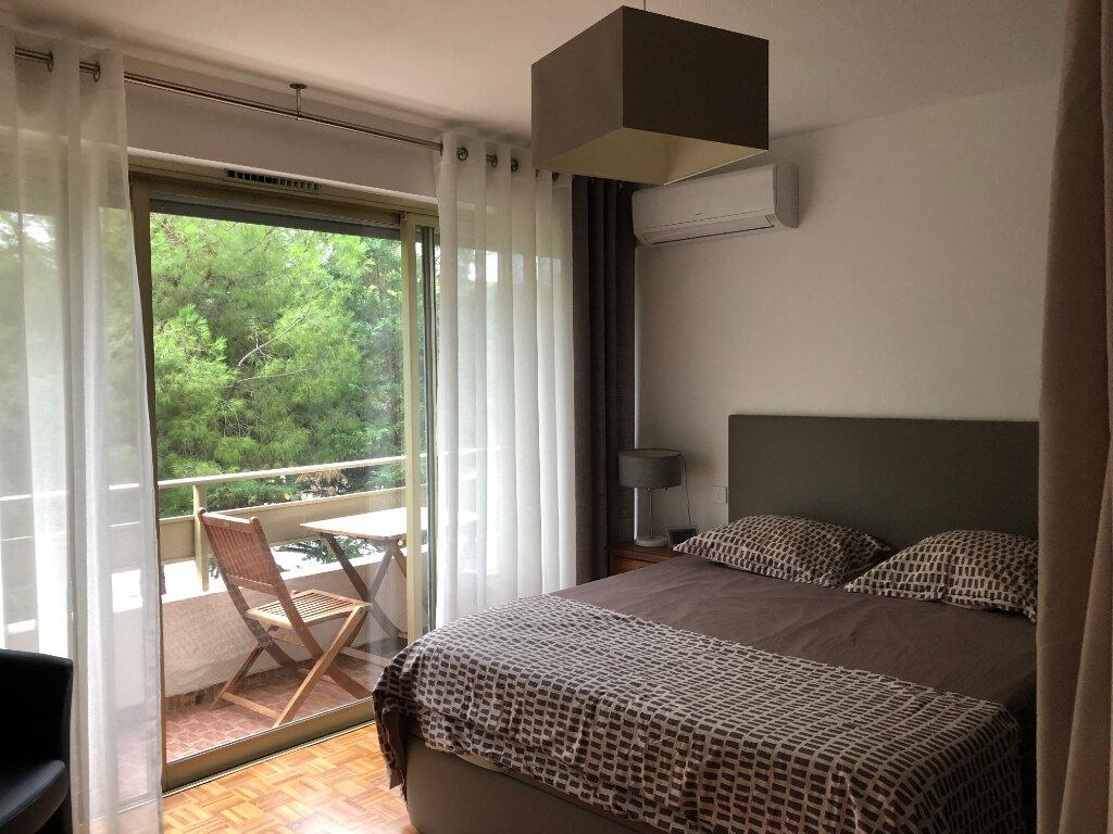 Appartement à louer 3 60.24m2 à Cagnes-sur-Mer vignette-6