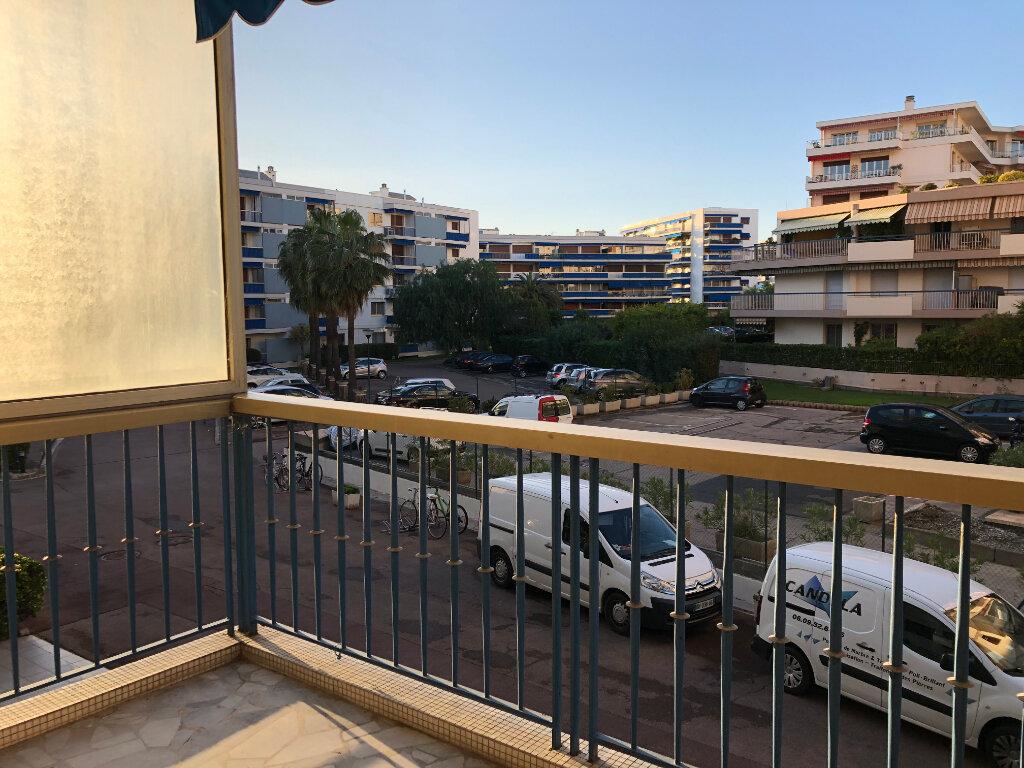 Appartement à louer 2 56m2 à Cagnes-sur-Mer vignette-5