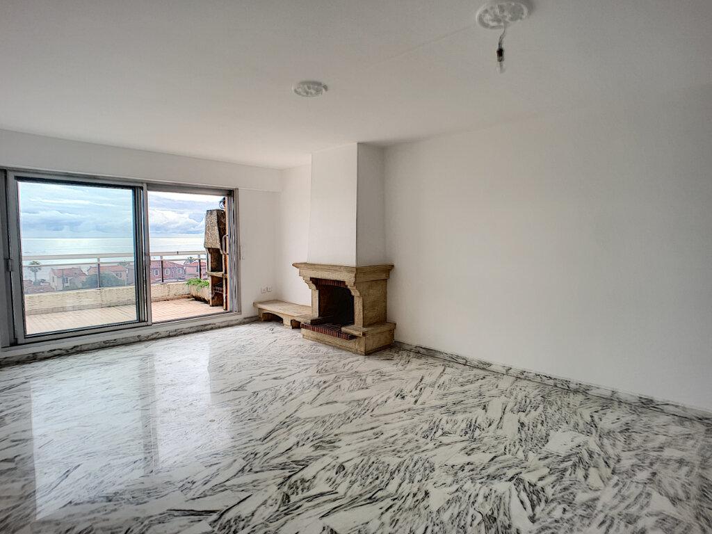 Appartement à louer 3 78m2 à Cagnes-sur-Mer vignette-3
