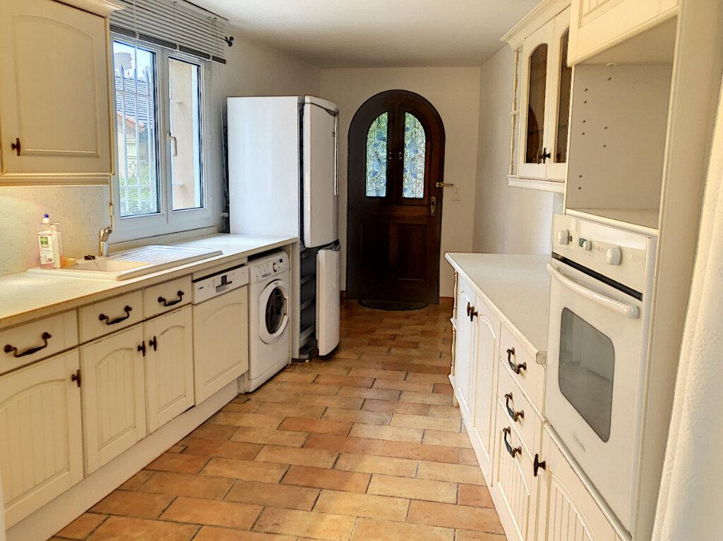 Maison à louer 3 80m2 à Cagnes-sur-Mer vignette-1