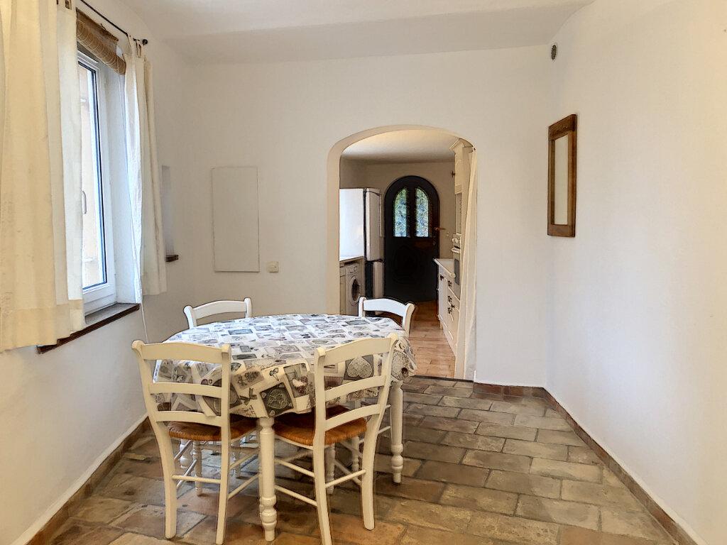 Maison à louer 3 80m2 à Cagnes-sur-Mer vignette-2