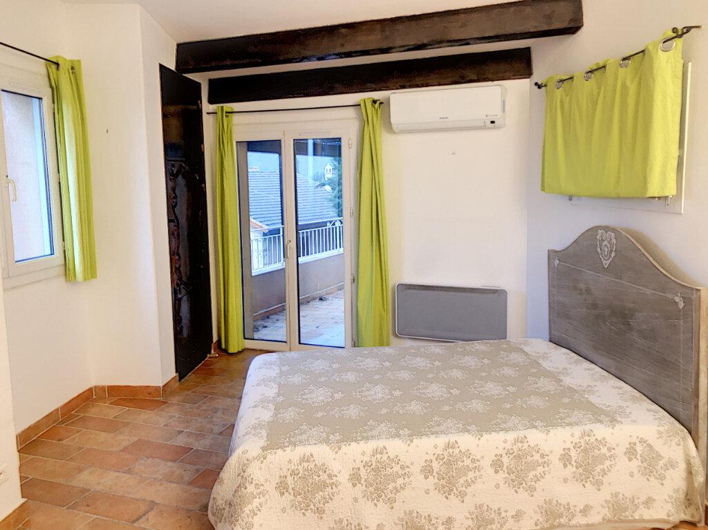 Maison à louer 3 80m2 à Cagnes-sur-Mer vignette-4