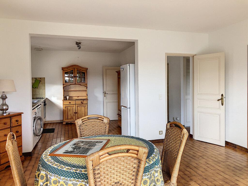 Maison à louer 3 115m2 à La Colle-sur-Loup vignette-10
