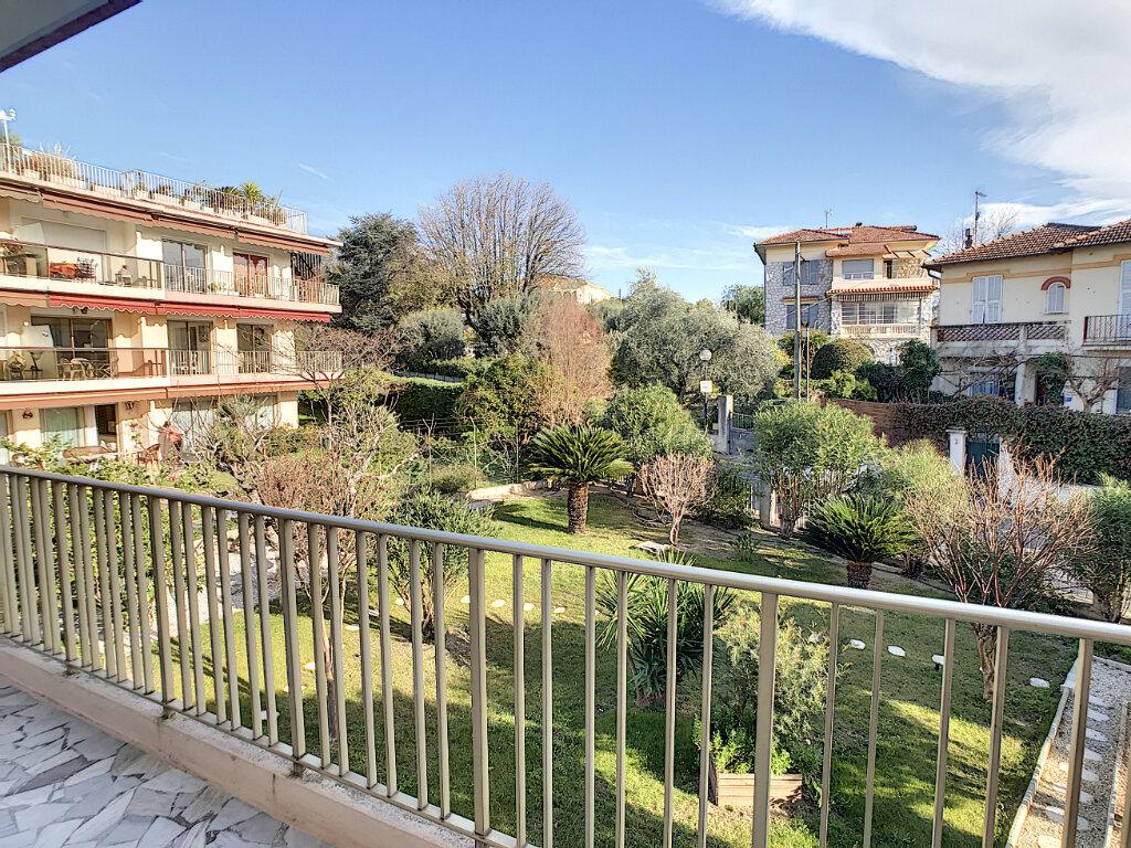 Appartement à louer 3 80.21m2 à Cagnes-sur-Mer vignette-1