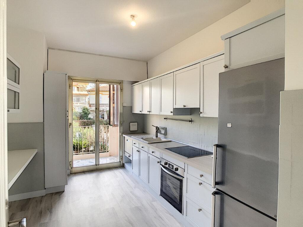 Appartement à louer 3 80.21m2 à Cagnes-sur-Mer vignette-2