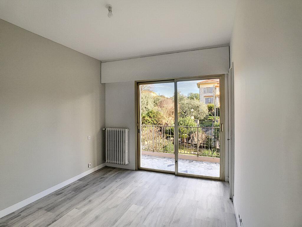 Appartement à louer 3 80.21m2 à Cagnes-sur-Mer vignette-8