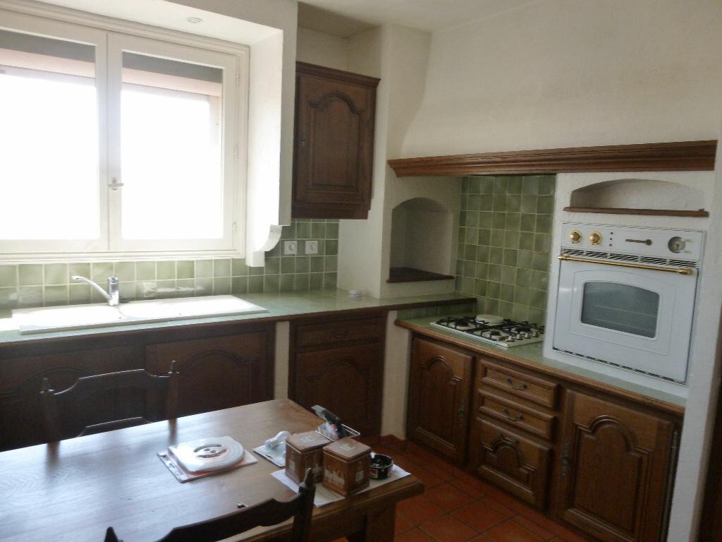 Appartement à louer 3 75m2 à Fréjus vignette-6