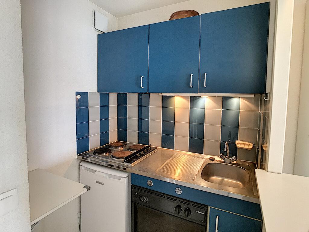 Appartement à vendre 1 27.15m2 à Fréjus vignette-6