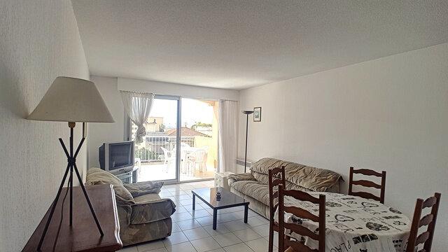 Appartement à vendre 3 51.07m2 à Fréjus vignette-3