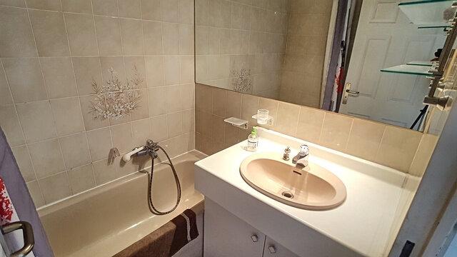 Appartement à vendre 3 51.07m2 à Fréjus vignette-7