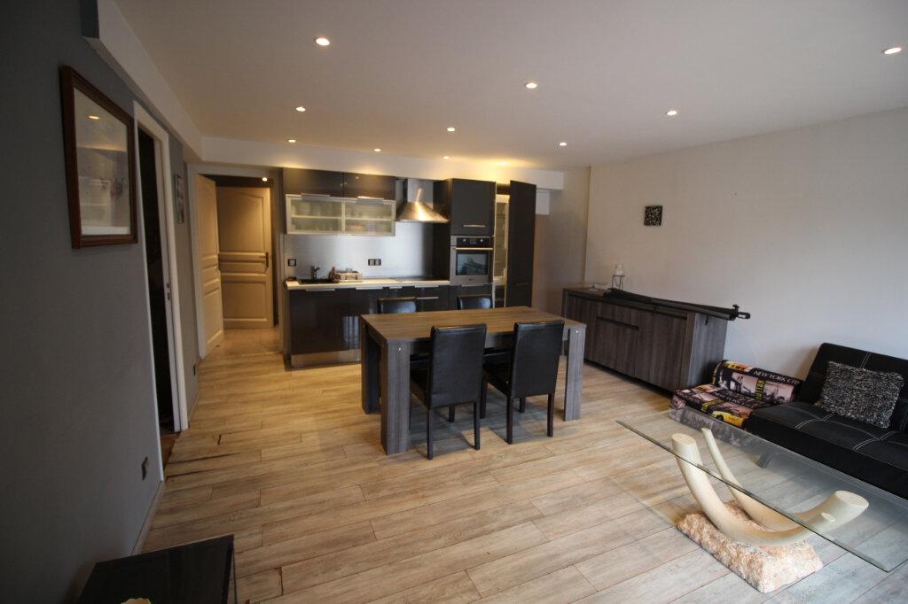 Maison à vendre 5 198.47m2 à Puget-sur-Argens vignette-12