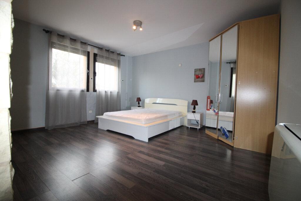 Maison à vendre 5 198.47m2 à Puget-sur-Argens vignette-13