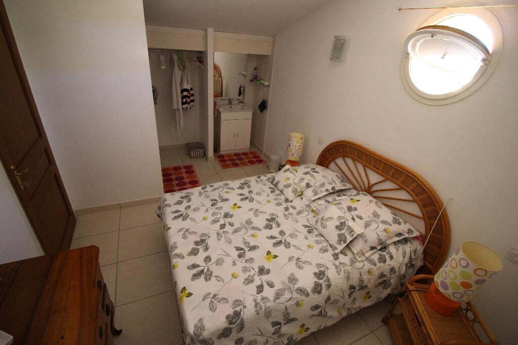 Maison à vendre 4 92.16m2 à Fréjus vignette-8