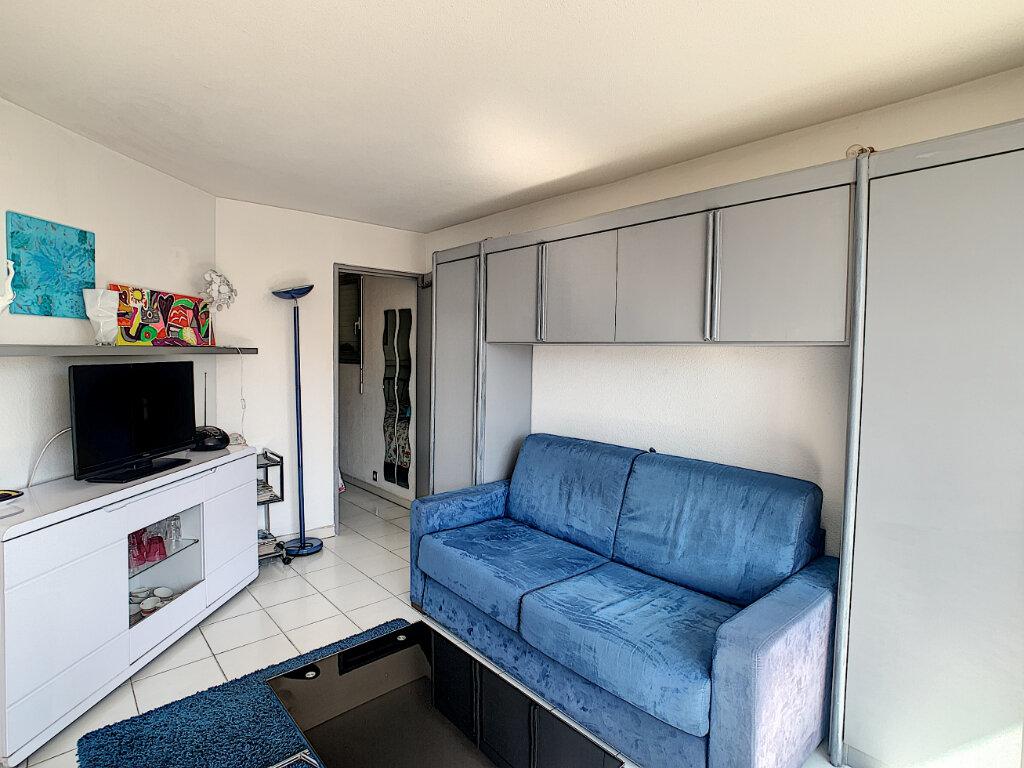 Appartement à vendre 2 27.22m2 à Fréjus vignette-3