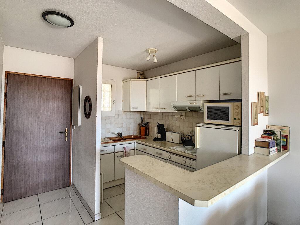 Appartement à vendre 2 43m2 à Fréjus vignette-4