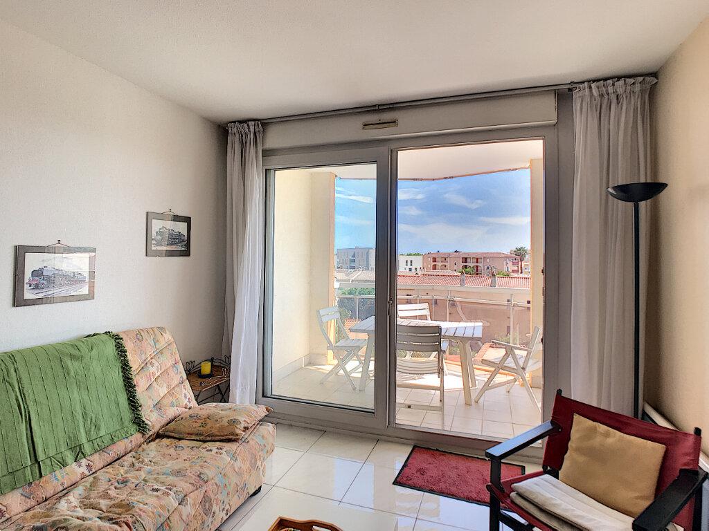 Appartement à vendre 2 43m2 à Fréjus vignette-8