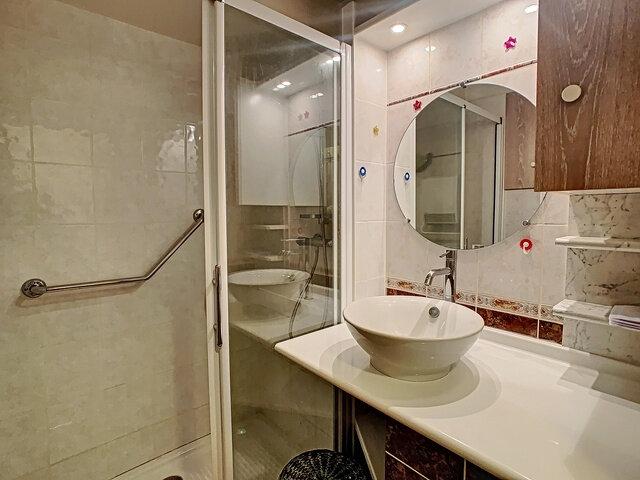 Appartement à vendre 2 37m2 à Fréjus vignette-5
