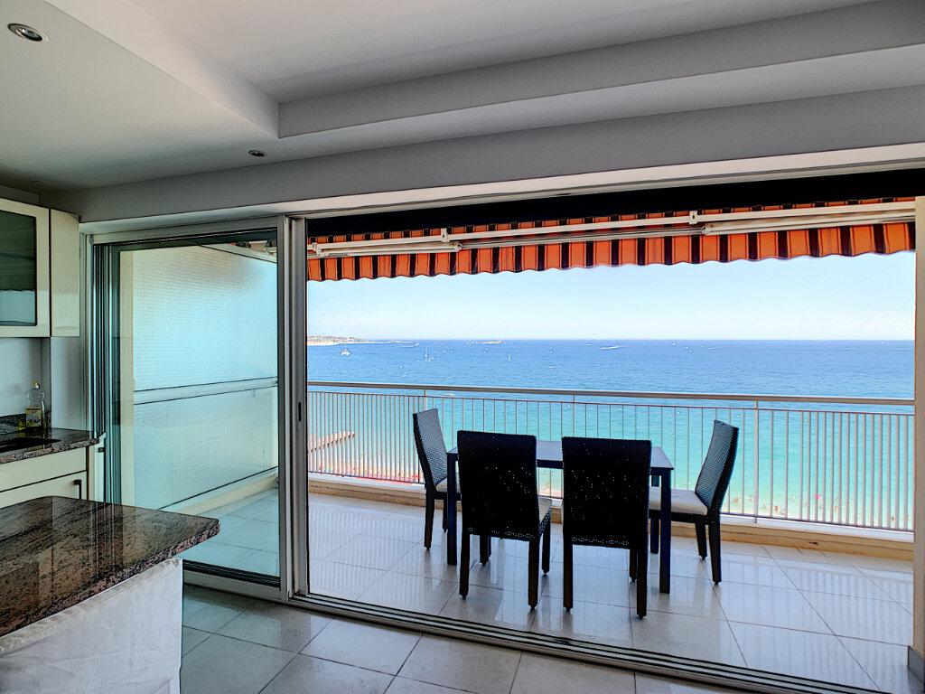 Appartement à vendre 3 70m2 à Fréjus vignette-8