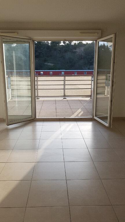 Appartement à louer 3 70.7m2 à Cagnes-sur-Mer vignette-3