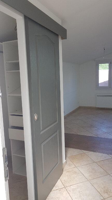 Maison à louer 2 58.22m2 à Saint-Laurent-du-Var vignette-7