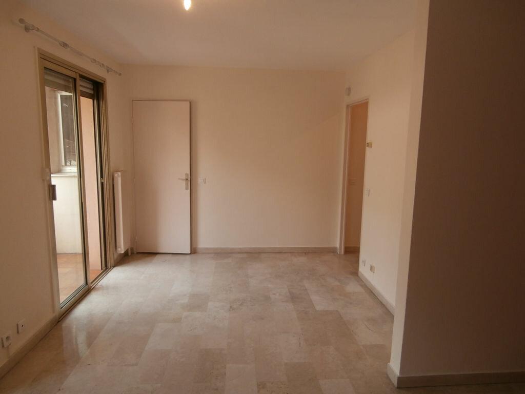 Appartement à louer 1 32.8m2 à Cagnes-sur-Mer vignette-2