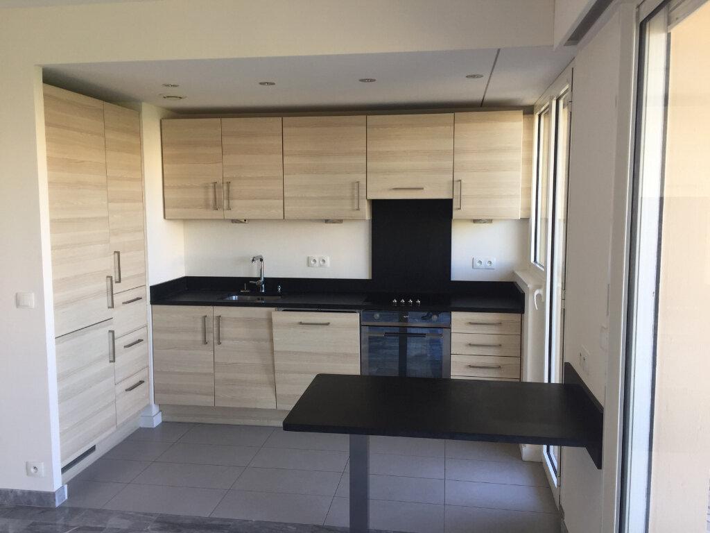 Appartement à louer 2 42.12m2 à Cagnes-sur-Mer vignette-3