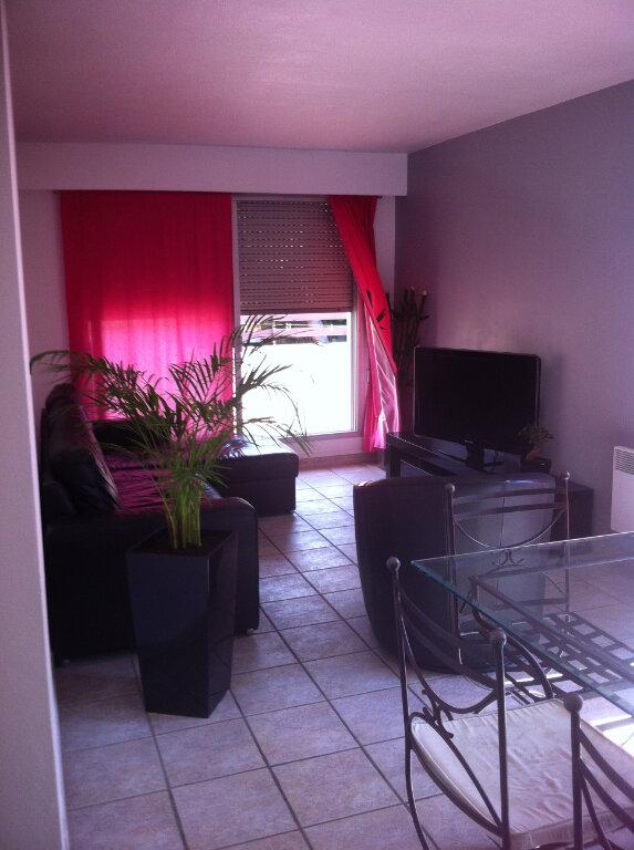 Appartement à louer 3 68m2 à Cagnes-sur-Mer vignette-4