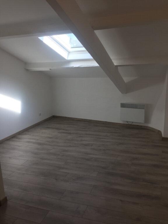 Appartement à louer 1 21m2 à Vence vignette-2