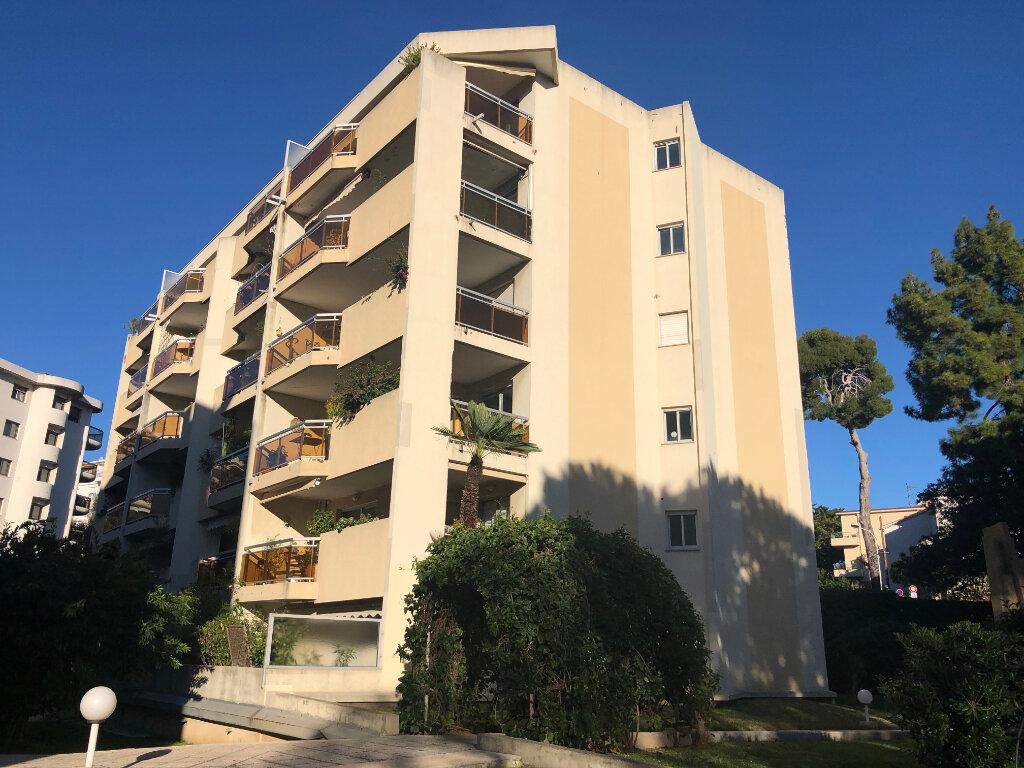 Appartement à vendre 4 82m2 à Nice vignette-1