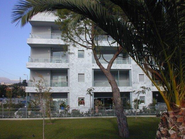 Appartement à louer 1 32.63m2 à Cagnes-sur-Mer vignette-1
