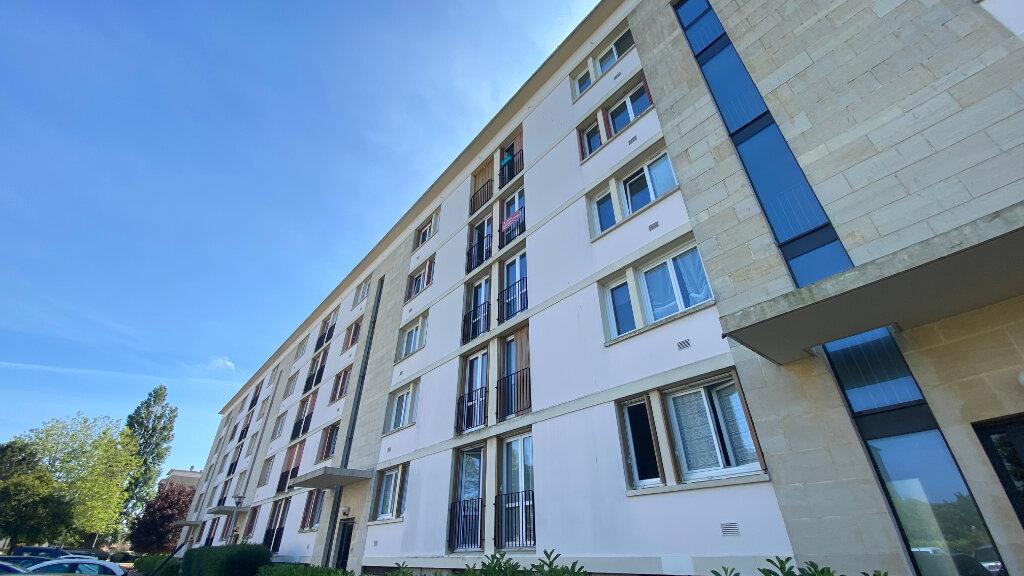 Appartement à louer 3 57.42m2 à Le Havre vignette-1