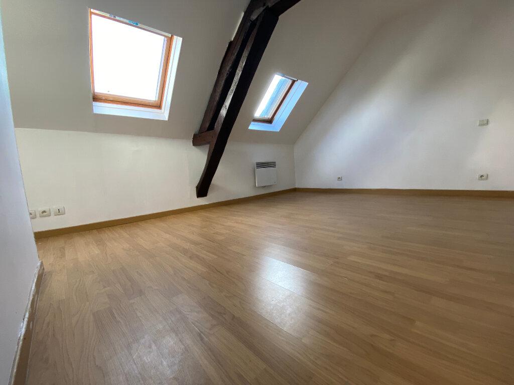 Maison à louer 3 50m2 à Bolbec vignette-6