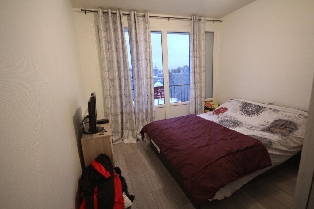 Appartement à louer 3 61.74m2 à Montivilliers vignette-3